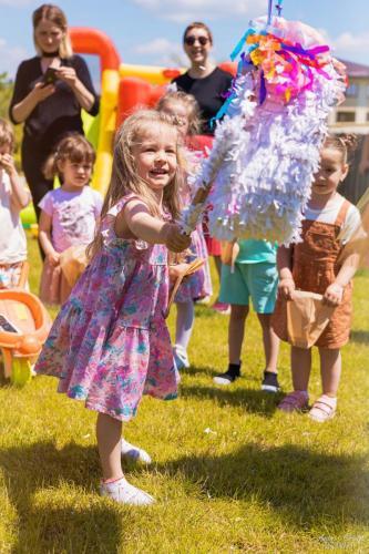 Super petrecere cu Rainbow Dash și Bufnița.
