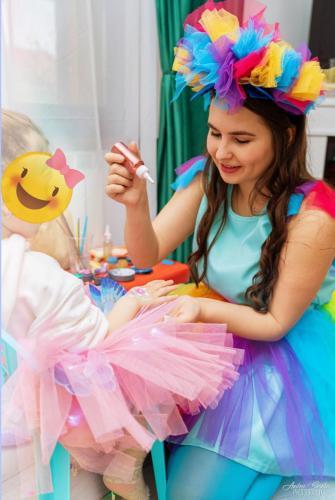 Facepaint by Rainbow Dash
