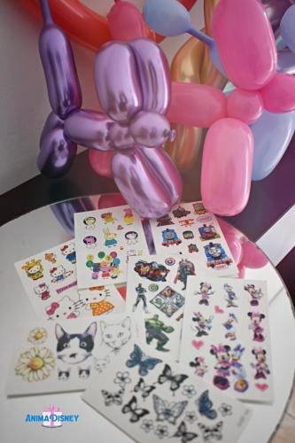 Tatuaje și baloane modelate