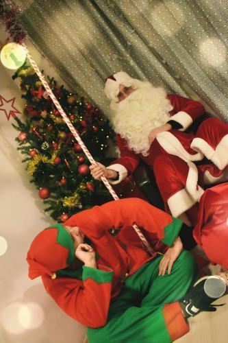 Moș Crăciun și Spiriduș