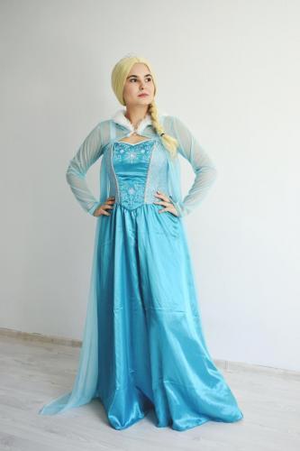 Elsa_Frozen_-_animatori_copii_Iasi