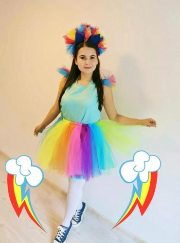 Rainbow_Dash_-_animator_copii_AnimaDisney